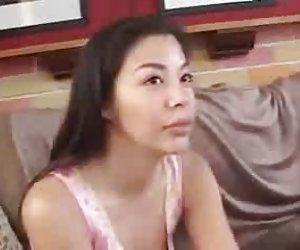 Azijos mergina su europian vaikinas