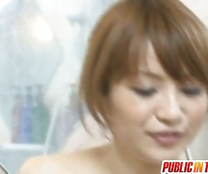 Maomi patinka seksas viešai